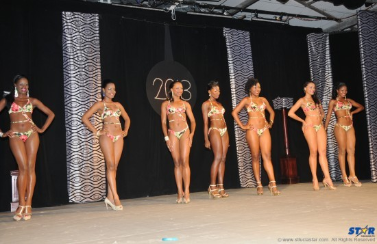 From left: Zena, Amy, Macy, Michelle, J'aimee, Seriah, and Jamara. Finally a Queen Show swimsuit that was flattering for all!