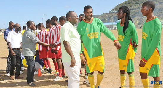 District Representative Edmund Estephane (centre) with officials and sponsors greets the teams.