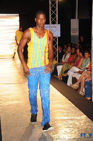 HOT Couture model  Cornelius Green.