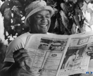 We have been more than happy to have been the most discussed Newspaper on island and there is no doubt that we still are (see pages 8-9). Our readers too, come from near and far, like George Foreman photographed here reading his copy of the STAR. The Wednesday STAR may be no more after this issue  but it far from over for us. Stay tuned!