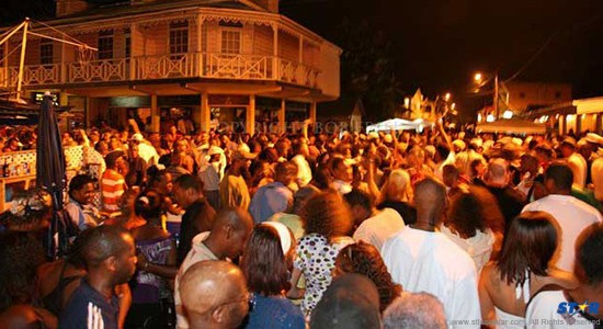 gros-islet-friday-street-party