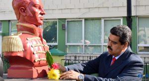 The President of Venezuela lays a wreath  at Bideu's park in Castries.