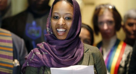 Was Wheaton College right in suspending Dr. Larycia Hawkins for violating the Christian college's Statement of Faith and Educational Purpose?