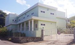 What's the deal with Saint Lucia's Forensic Science Lab?